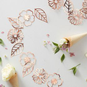 Ginger Ray Ditsy Foil Floral 9.75' Garland