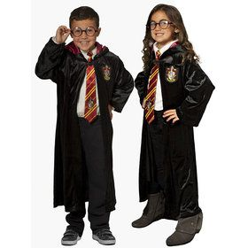 Harry Potter Deluxe Robe & Accessory Set