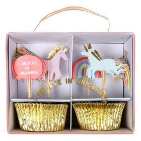 I Believe in Unicorns Cupcake Kit (24)