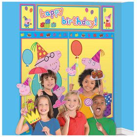 Peppa Pig Scene Setter with Photo Booth Props