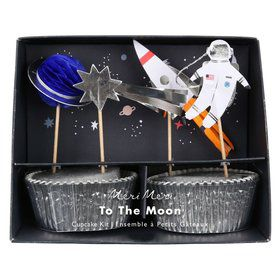 To The Moon Cupcake Kit (24)